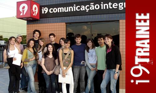 Equipe do trainee com Renata e Elodir